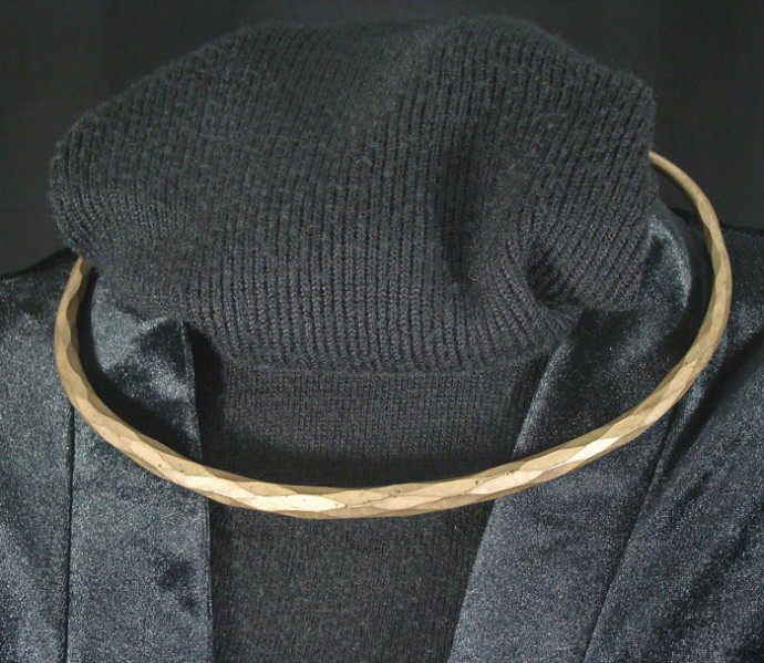 Faceted Toque Necklace
