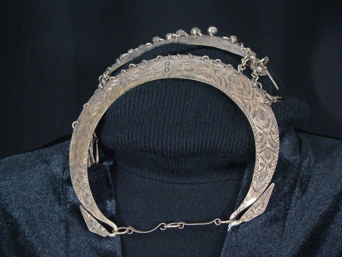 Hmong Half Silver Embossed Necklace