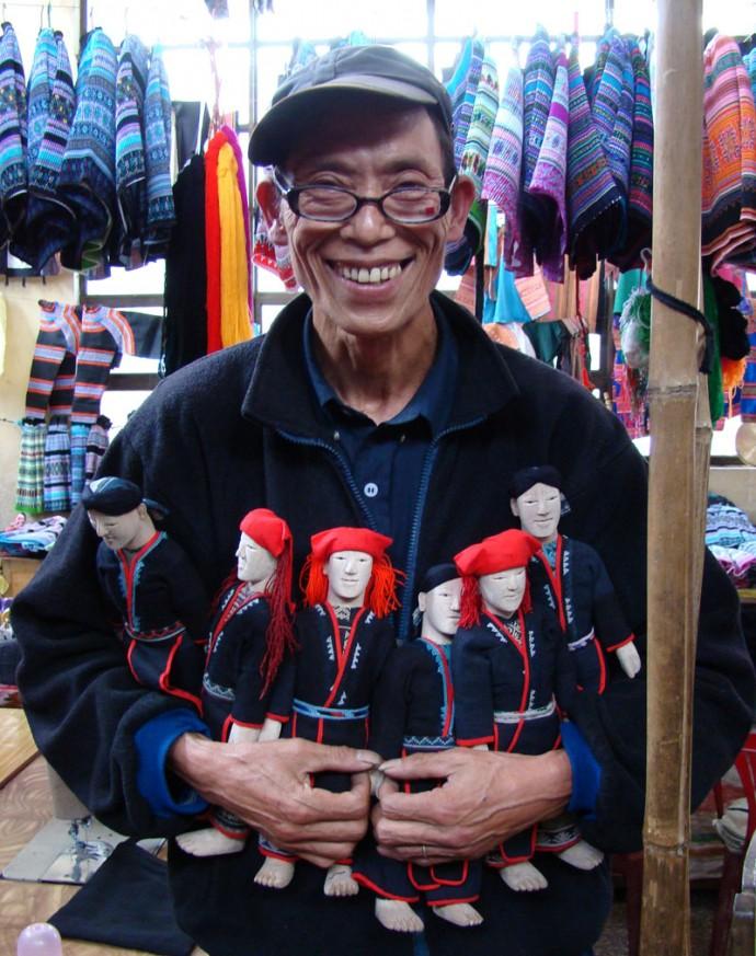 Red Dzao Wedding Dolls