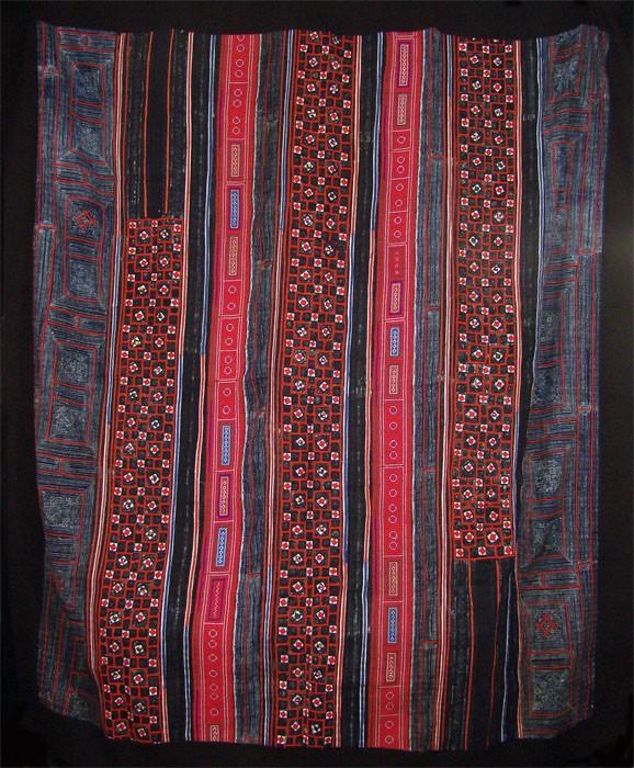 Red Hmong Hemp Blanket
