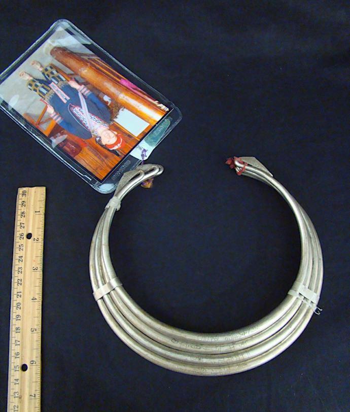 Dzao 4-part bronze toque necklace