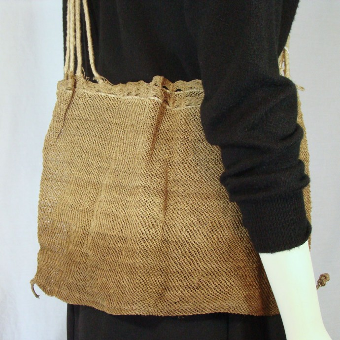 Akha Piat Shoulder Bag