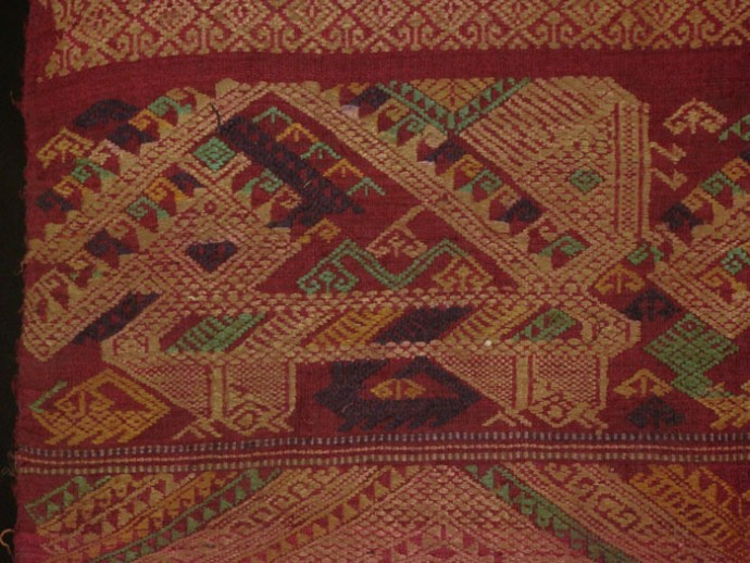 Tai Daeng Woman Shaman's Headscarf